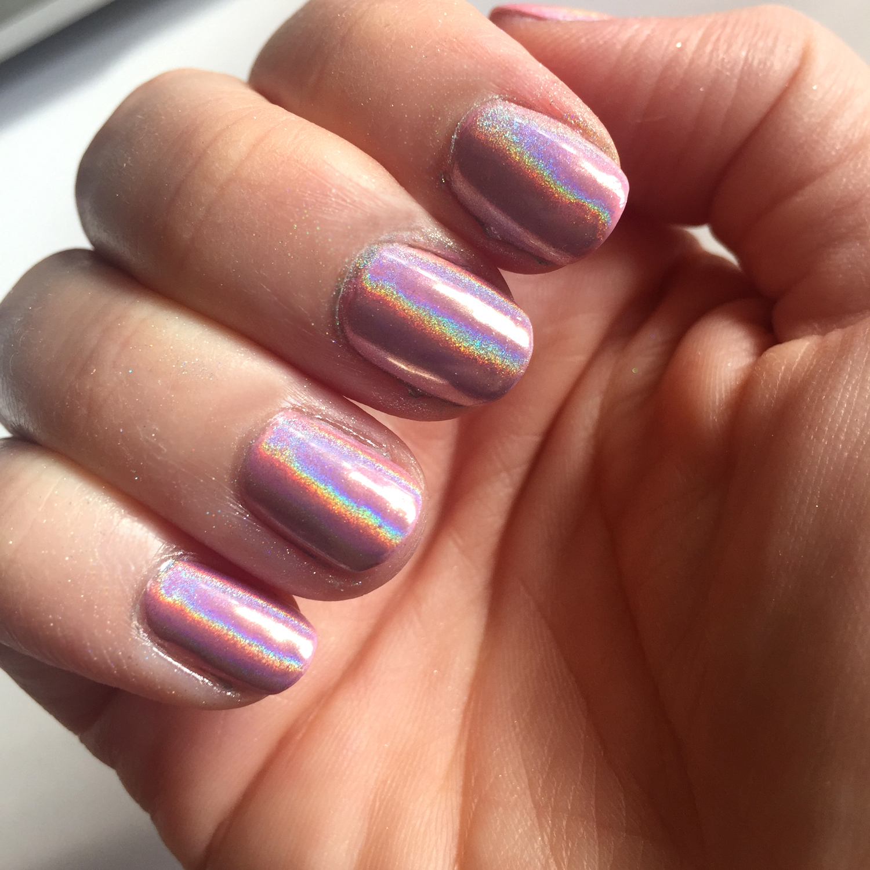 DIY Holographic Nails (No Gel!)